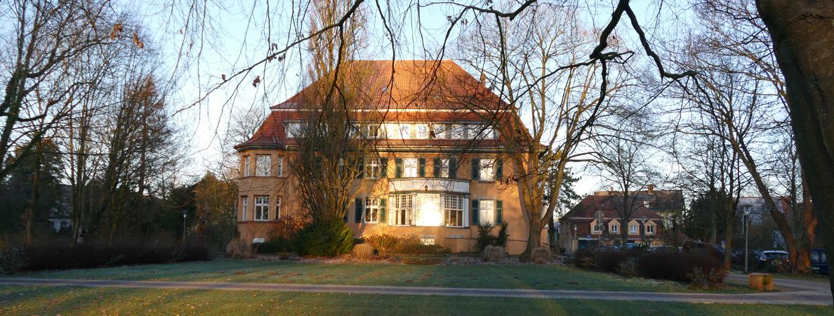 Rathaus II Rückseite Winterbanner