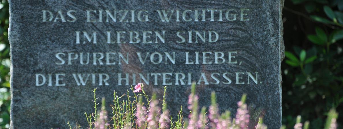 Banner 13 Friedhofsportal